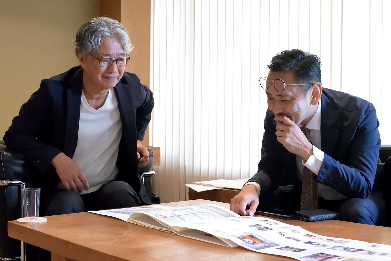対談後、今年70歳になる八木さんが、その記念にと製作中のビジュアルブックの校正を見せていただいた。出版が楽しみな一冊。